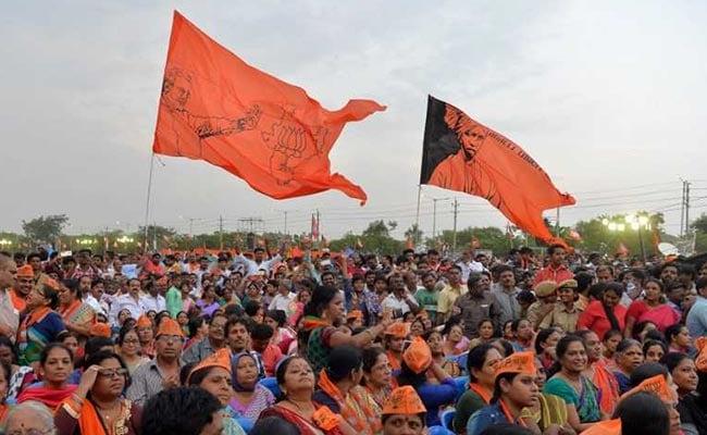 कर्नाटक चुनाव : लिंगायत वोटों पर टिकीं कांग्रेस और बीजेपी की उम्मीदें