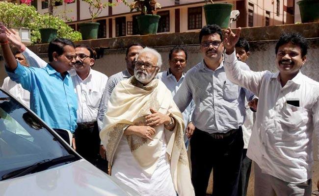 महाराष्ट्र में फिर फंसा पेंच? CM पोस्ट पर शिवसेना के दावे के बाद NCP ने कहा- अभी बहुत बात बाकी है