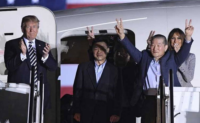 Donald Trump, Wife Melania Greet Three Americans Freed by North Korea