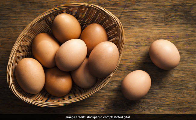 Egg Whites Or Whole Eggs: What Should You Eat For Breakfast?