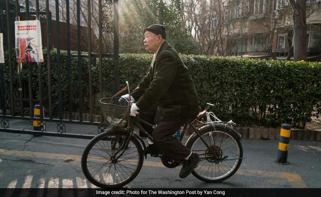 85 साल के बुजुर्ग ने की खुद को गोद लेने की अपील, कहा- अकेले नहीं मरना चाहता