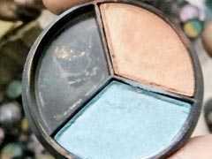 Mother-Daughter Duo Hide Cocaine In Eye Shadow Palettes, Caught