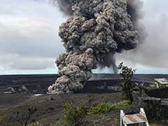 Erupting Hawaii Volcano Could Spew 10-Ton Boulders From Summit: Experts