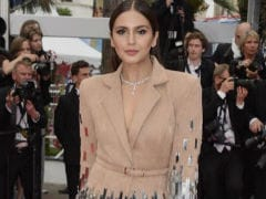Cannes 2018: Huma Qureshi Defines 'Metal Mania' In Red Carpet Debut