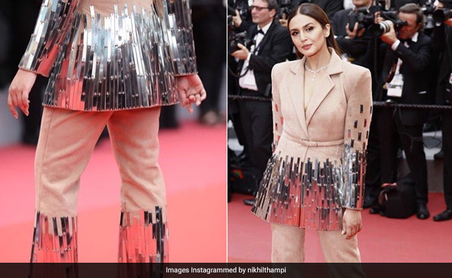Cannes 2018  Huma Qureshi Has A Different Take On The Perfect Red Carpet  Look d7734267e1b
