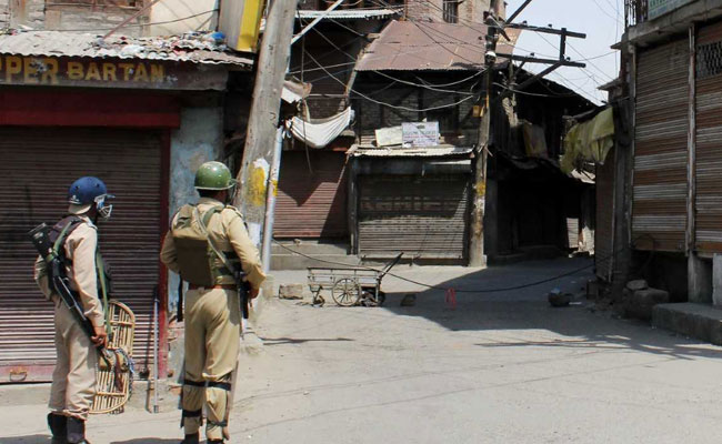 Terrorists Gun Down Cop In Jammu And Kashmir's Sopore: Police
