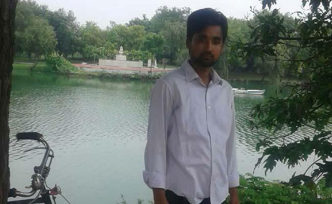 दिल्ली: जसोला विहार में झाड़ियों से मिला युवक का शव