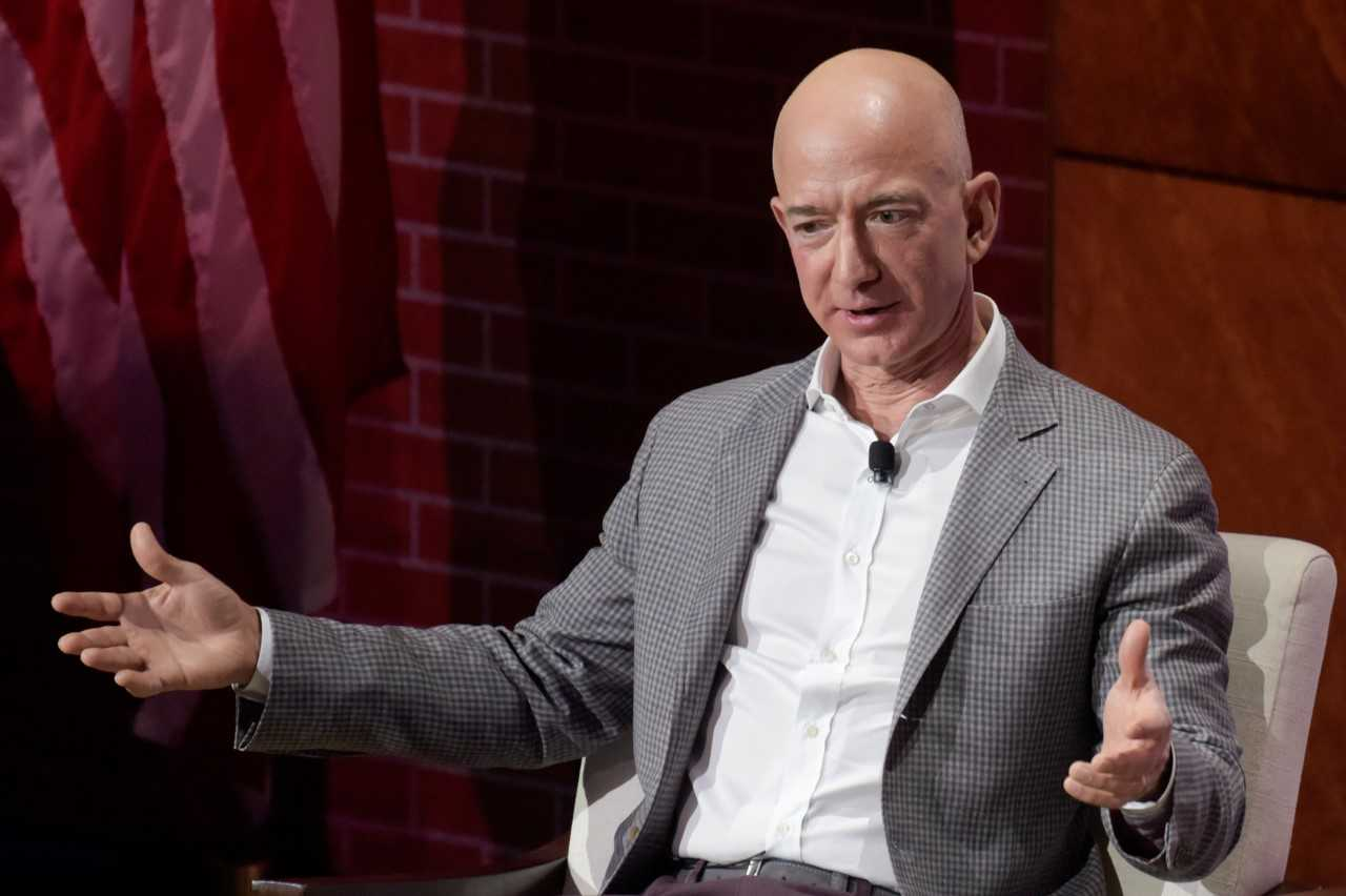 Jeff Bezos Explains Why Powerpoints Are Banned At Amazon Meetings Watch