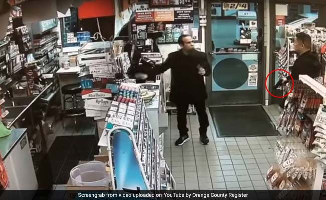 Watch: Off-Duty Cop Thought A Man Stole Mentos. So He Drew His Gun