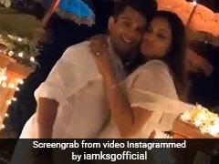 बिपाशा बसु की शादी को हुए दो साल, पति और दोस्तों के साथ यूं मनाया जश्न; देखें Video
