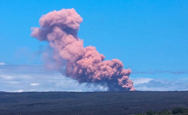 'Whole Island Felt It': Hawaii Hit By Historic Quake After Volcano Erupts