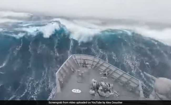 A Wave 8-Floor High, Largest Ever Recorded, Forms Near New Zealand
