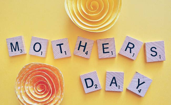 Happy Mother's Day: 15 Inspirational Quotes To Share With Your Mom To Make Her Feel Special