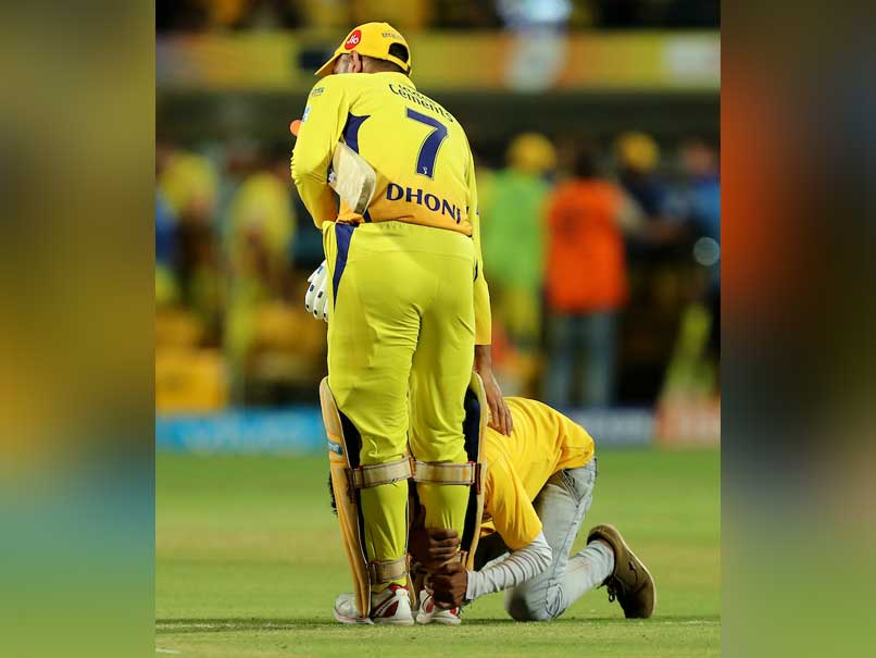Watch: MS Dhoni Fan Runs Onto The Pitch And Falls At CSK Captain