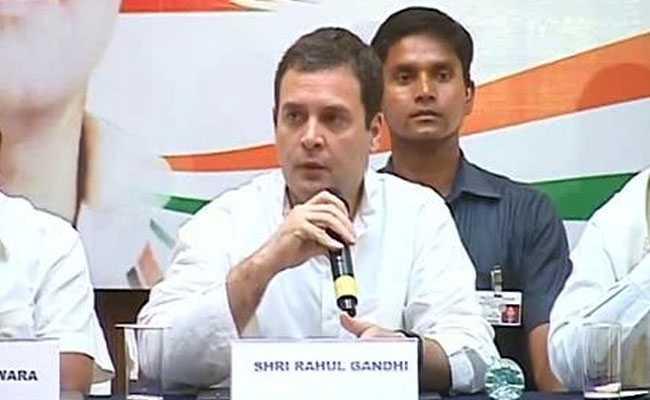 अपनी मां सोनिया गांधी पर पीएम मोदी के हमले का राहुल गांधी ने दिया ये करारा जवाब