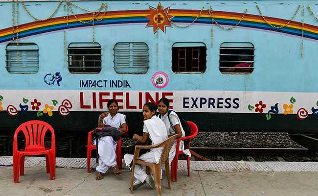 India's Hospital-On-Wheels Is A Lifeline For The Poorest
