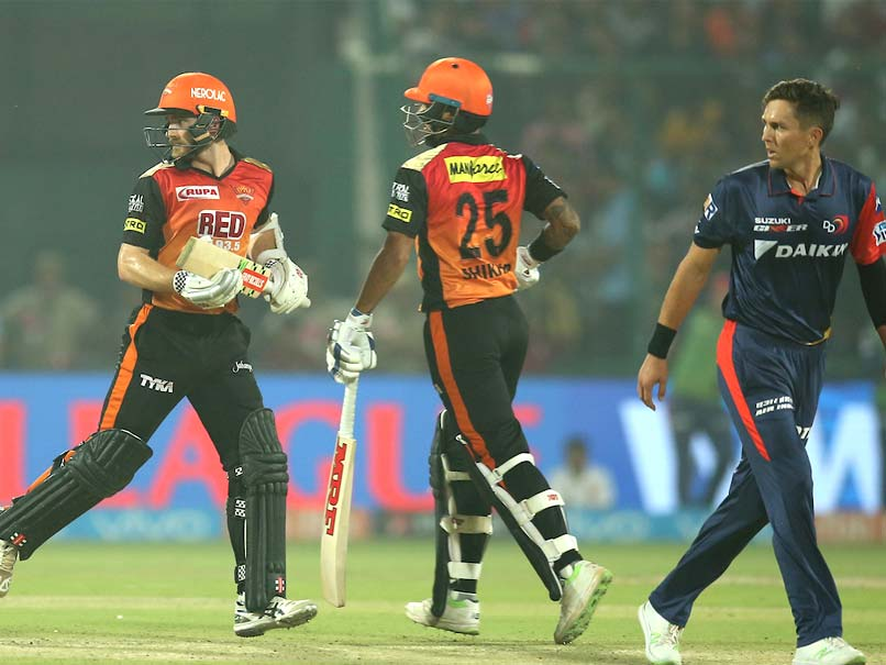 Delhi bowlers had no answer to Kane and Dhawan's unbeaten partnership. (IANS)