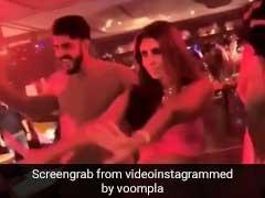 अमिताभ बच्चन की बिटिया श्वेता ने रणवीर सिंह संग 'तत्तड़ तत्तड़' पर यूं  लगाए ठुमके, खाली हो गया डांस फ्लोर