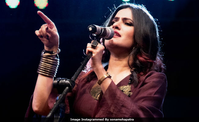 singer sona mohapatra tweets mumbai police over alleged threats from
