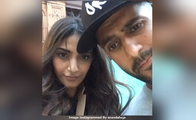 What Sonam Kapoor Said To Soon-To-Be Husband Anand Ahuja After Confirming Wedding
