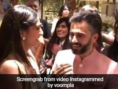Sonam Kapoor Dancing With Anand Ahuja In Mehndi Ceremony Videos Viral