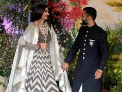 The Internet's Verdict On Sonam Kapoor's Reception <i>Lehenga</i>