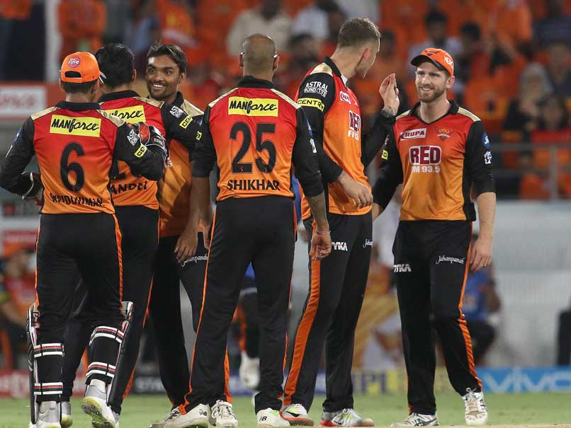 Delhi Daredevils Lose Glenn Maxwell Early vs SunRisers