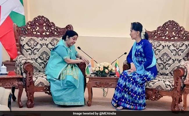 Sushma Swaraj Meets Myanmar's State Counsellor Suu Kyi, Discusses Bilateral Ties