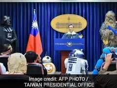 Chewbacca, Darth Vader Visit Taiwan's Presidential Office On Star Wars Day