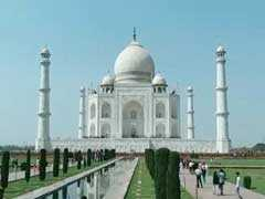With New Heliport In Pipeline, Tourists Can Enjoy Taj Mahal's Aerial View