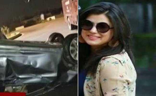 नाले में गिरी वर्ना कार, हादसे में 26 साल की लड़की की मौत