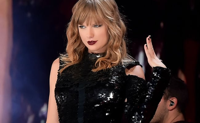 Taylor Swift reignites feud with Kim Kardashian