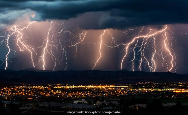 9 Killed, 6 Injured Due To Thunderstorm, Lightening In UP