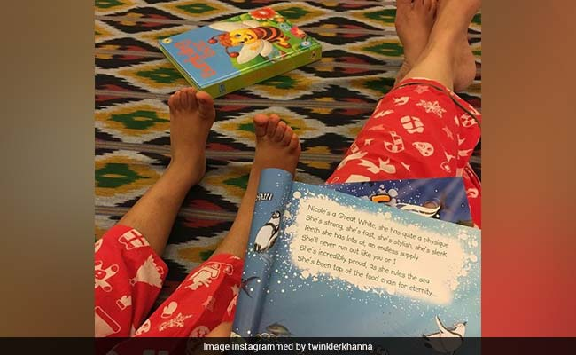 Twinkle Khanna And Nitara, In Matching Pyjamas, Are The Ultimate In Mom-Daughter Style