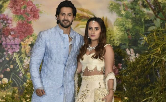 Varun Dhawan And Rumoured Girlfriend Natasha Dalal Trend For Making Couple Entry At Sonam Kapoor's Reception