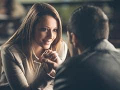 क्या पुरुष के आकर्षक चेहरे को देखकर बढ़ते हैं महिलाओं के हार्मोन? जानें क्या है सच्चाई
