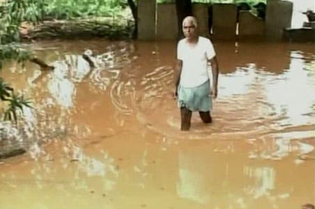 Andhra, Karnataka: After floods, now the relief battle