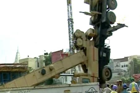 Metro mishap in Delhi; 12 labourers injured