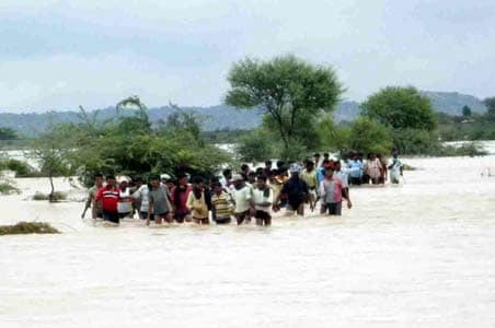 Andhra: Krishna, Guntur to be evacuated in 24 hrs