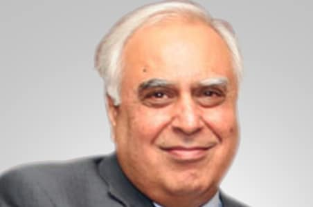 IIT pay row: All issues resolved, says Sibal