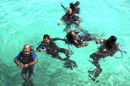 Maldives Cabinet's underwater meet