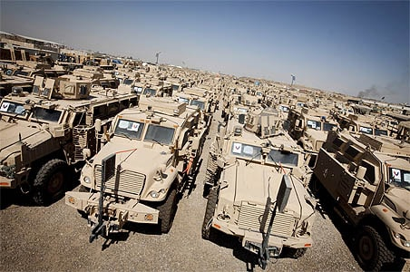 For US, leaving Iraq is colossal operation