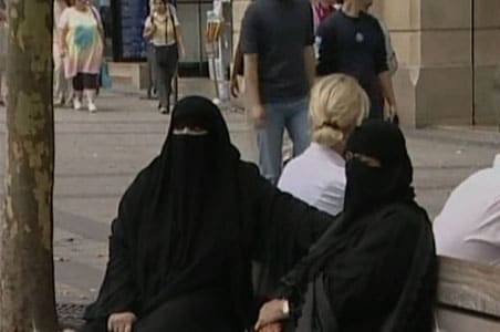 Coming soon: Burqa fine in France