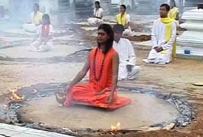 'Sex Swami' Nityananda allowed to hold lectures
