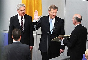 Christian Wulff sworn in as Germany's new President