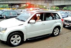 CM Sheila Dikshit stranded as rain worsened traffic in Delhi