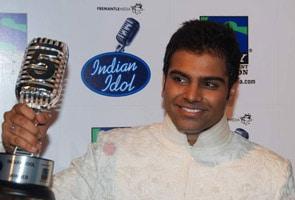 Hyderabad's Sreeram wins Indian Idol 5