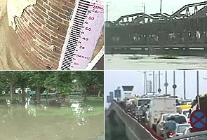Delhi: Bridge over Yamuna closed as water continues to rise