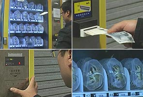 Grab a crab from a vending machine