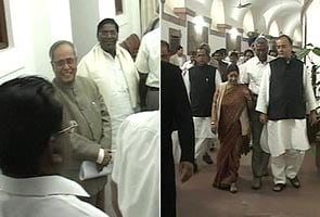 No breakthrough at Pranab lunch with Opposition leaders